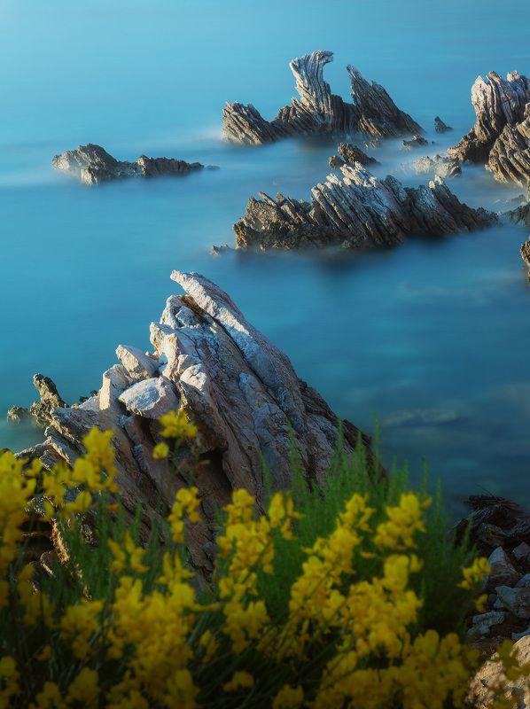 море пейзаж Каменные волныphoto preview