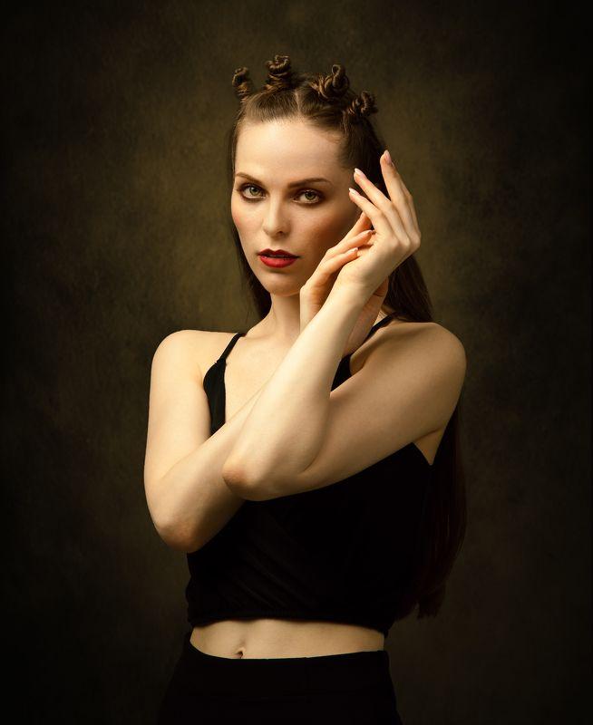 студийный портрет, красивая девушка, женский портрет, концептуальное, будуар Алисаphoto preview