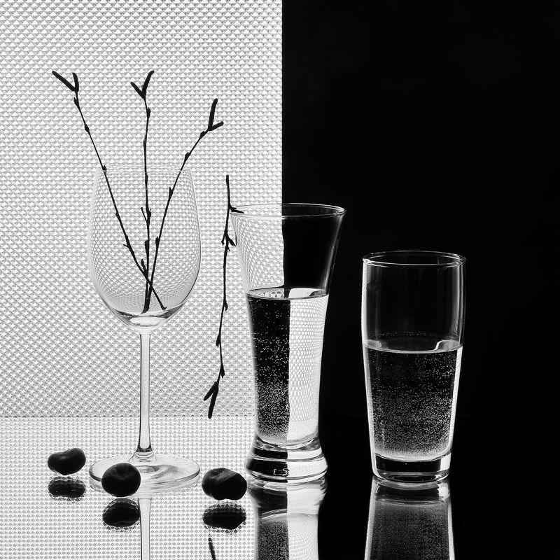 абстракция, свет, тень, фотография, стекло, ч/б, натюрморт, black and white Черное и белое.photo preview
