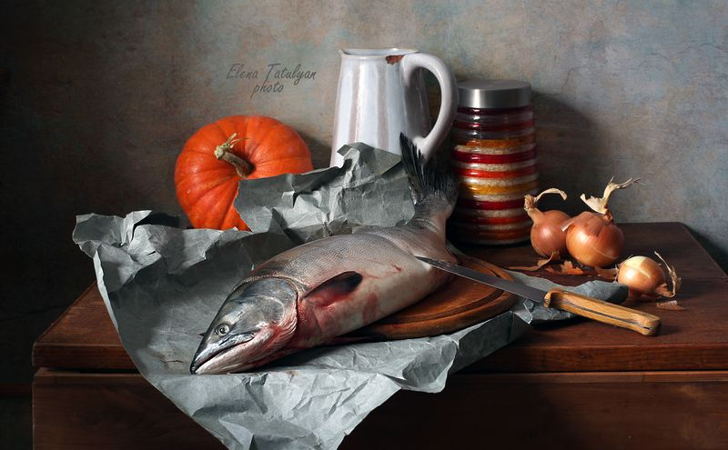 семга, рыба С большой рыбой фото превью