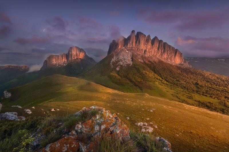 горы, закат, пейзаж Чертовы воротаphoto preview