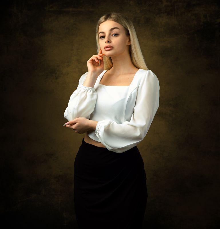 студийный портрет, красивая девушка, женский портрет, концептуальное, арт Настяphoto preview