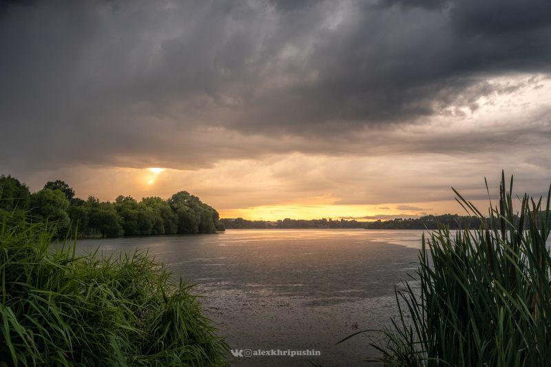 закат пейзаж Rainy Sunsetphoto preview