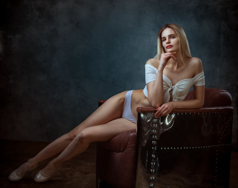 студийный портрет, красивая девушка, женский портрет, концептуальное, арт Еленаphoto preview
