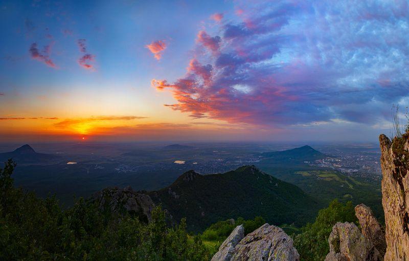 бештау,рассвет,облака,природа,пейзаж Розовый ангел рассветаphoto preview