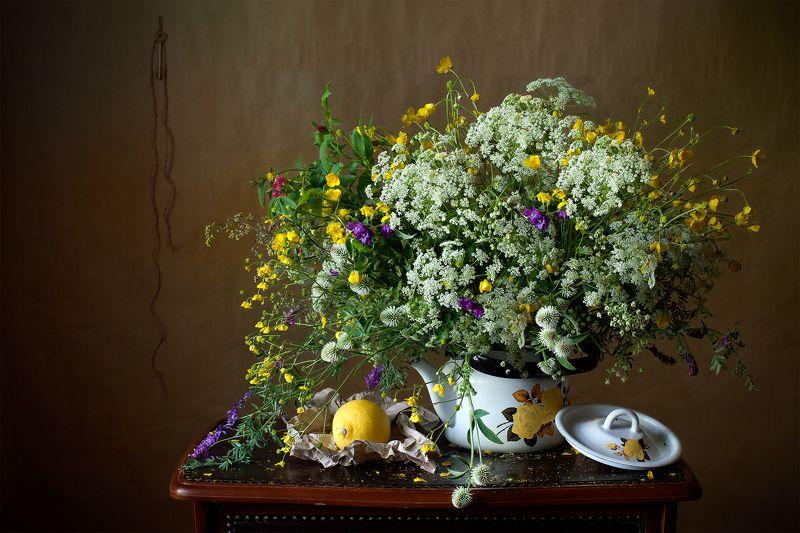 миламиронова, фотонатюрморт, букет, цветы, лето, разнотравье, лимон, чайник Летний букетик...photo preview