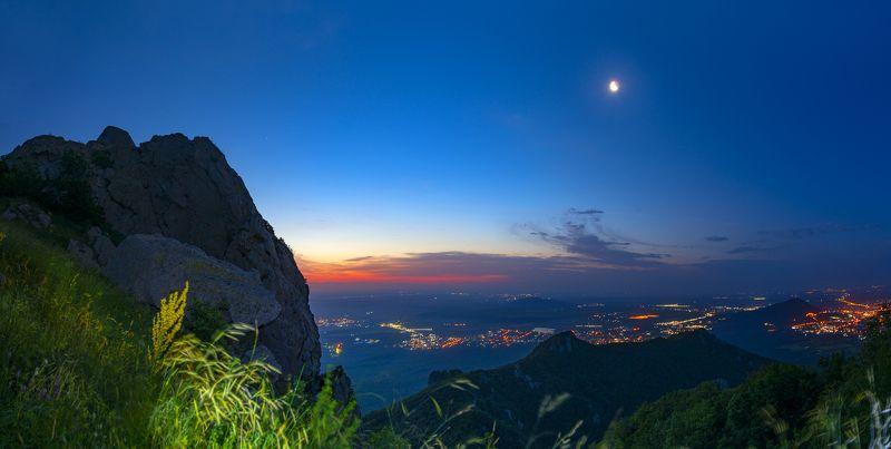 рассвет,скалы,бештау,кмв,природа,пейзаж Предрассветныеphoto preview