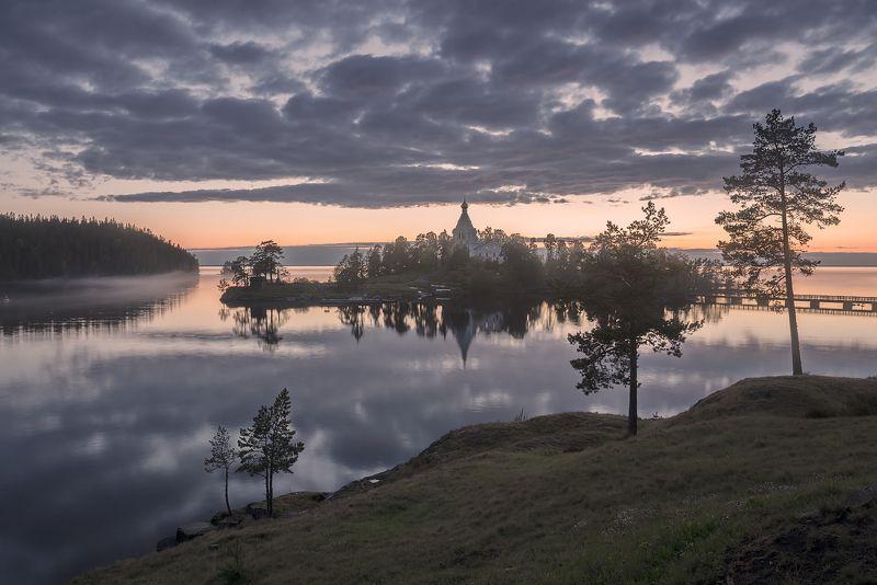 лето, озеро, остров, вечер, туман, мост photo preview