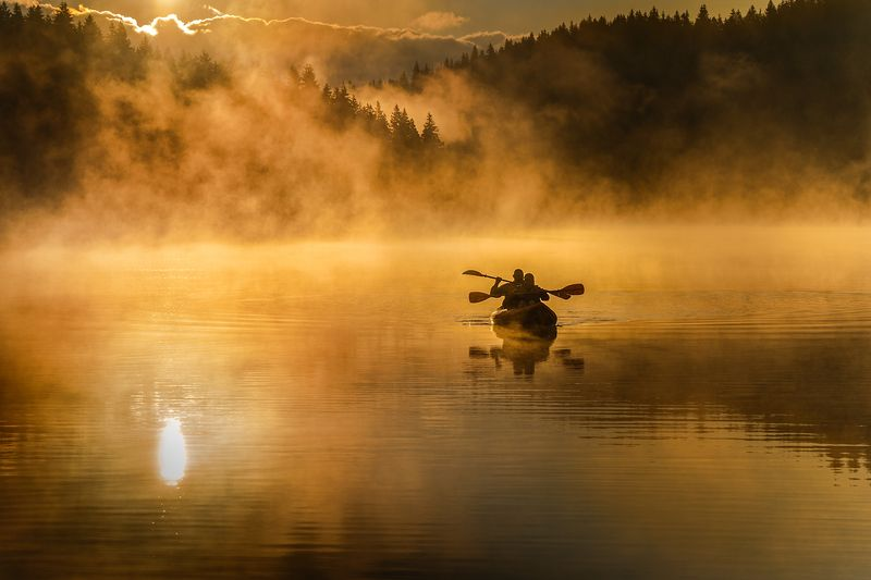 landscape nature scenery summer sunrise morning dawn lake reflection fog foggy mist misty boat sun clouds mountain trees пейзаж рассвет горы озеро Rising moodsphoto preview