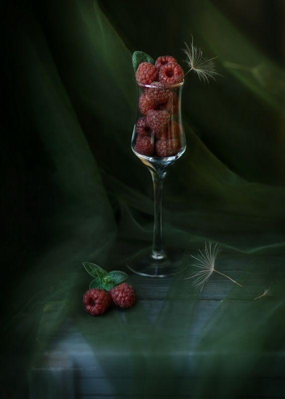 малиновый коктейль*photo preview