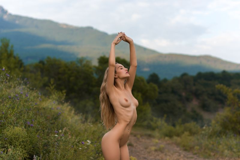 nude,model,color,обнажённая,грудь,ню * * *photo preview
