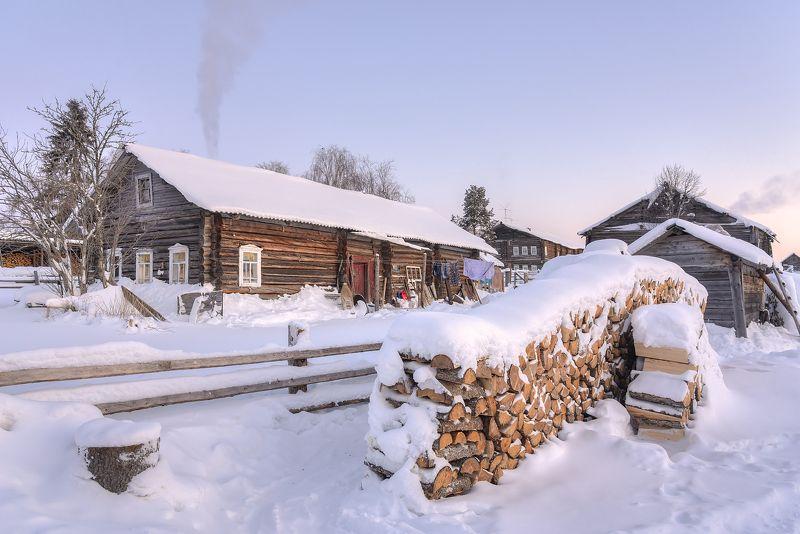 зима, утро, деревня, дрова photo preview