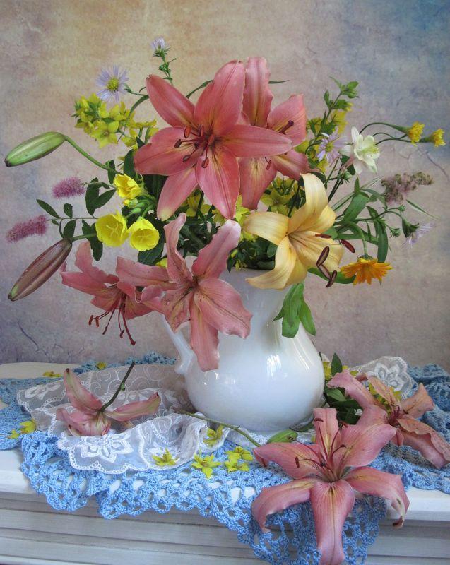 цветы, букет, лилии С лилиямиphoto preview