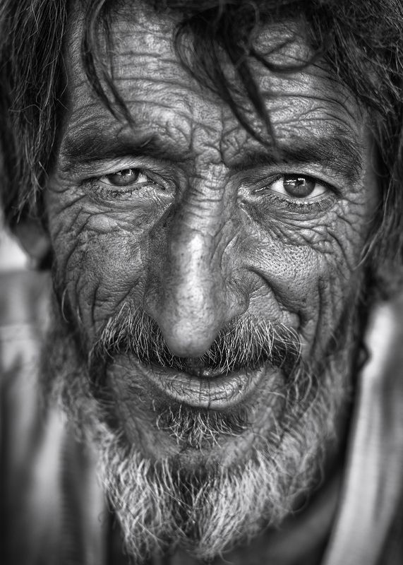 #portrait, #black and white محو تماشاphoto preview