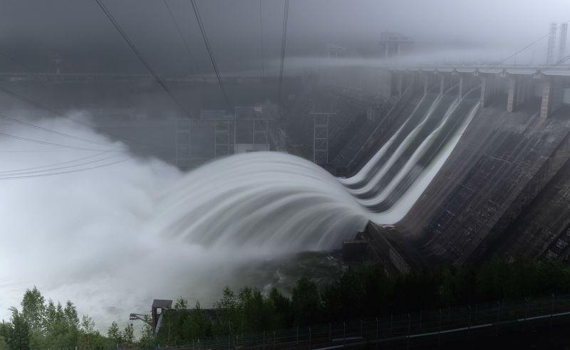 красноярск, красноярская гэс, сброс воды. Красноярская ГЭСphoto preview