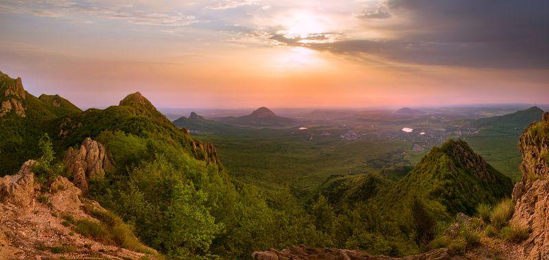 скалы,бештау,природа,пейзаж Утро накануне жары.photo preview