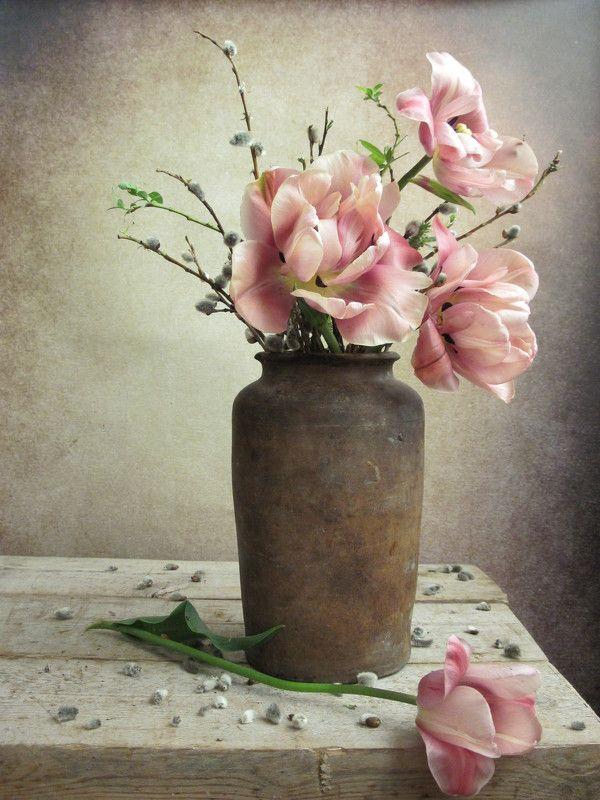цветы, букет, тюльпаны, верба, ветки, крынка, винтаж Грацияphoto preview