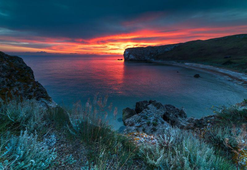 Море , бухта , пляж , скалы , Керчь ,рассвет , генеральские пляжи  Рассвет в бухтеphoto preview
