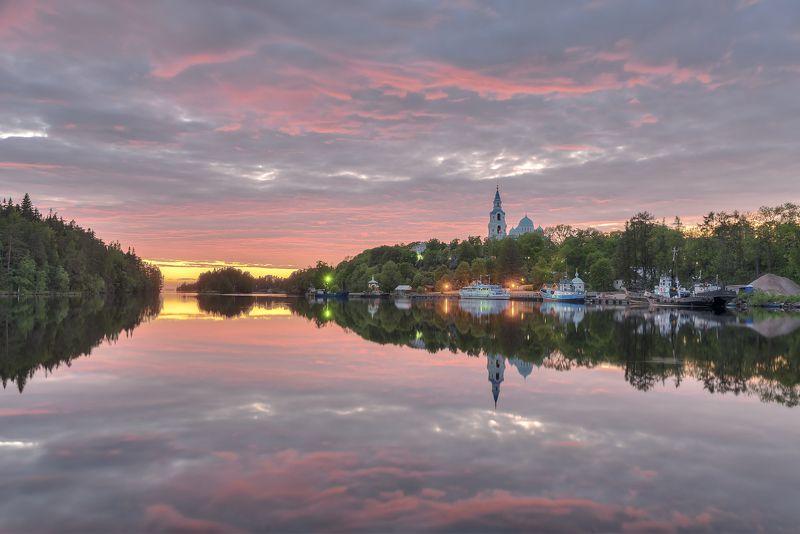 лето,вечер, бухта, монастырь, причал photo preview