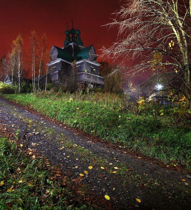 деревня, архитектура, церковь, ночь Багровое заревоphoto preview