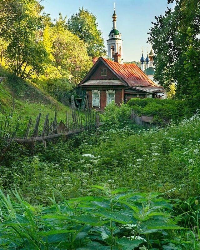 деревня, архитектура, изба, церковь Крапиваphoto preview