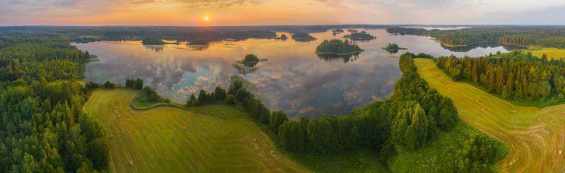 Тверская область. Утреннее озеро.