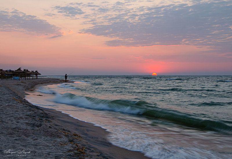 утро, восход, солнце, азов, небо, облака, рыбак Ловец солнцаphoto preview
