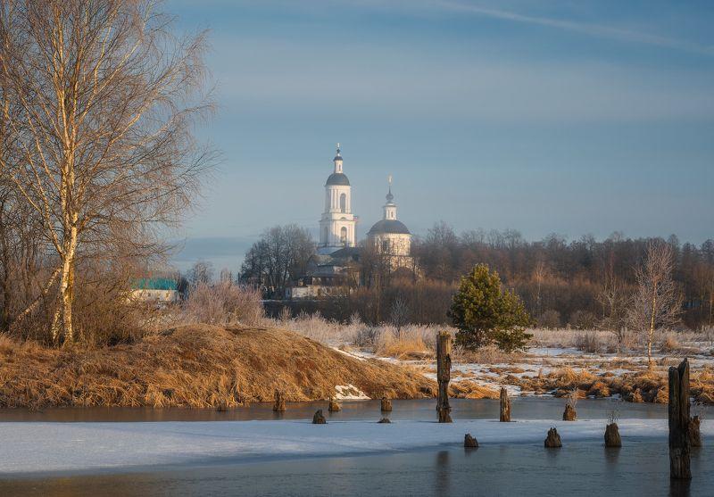 филипповское, утро, храм, весна Утренняя свежестьphoto preview
