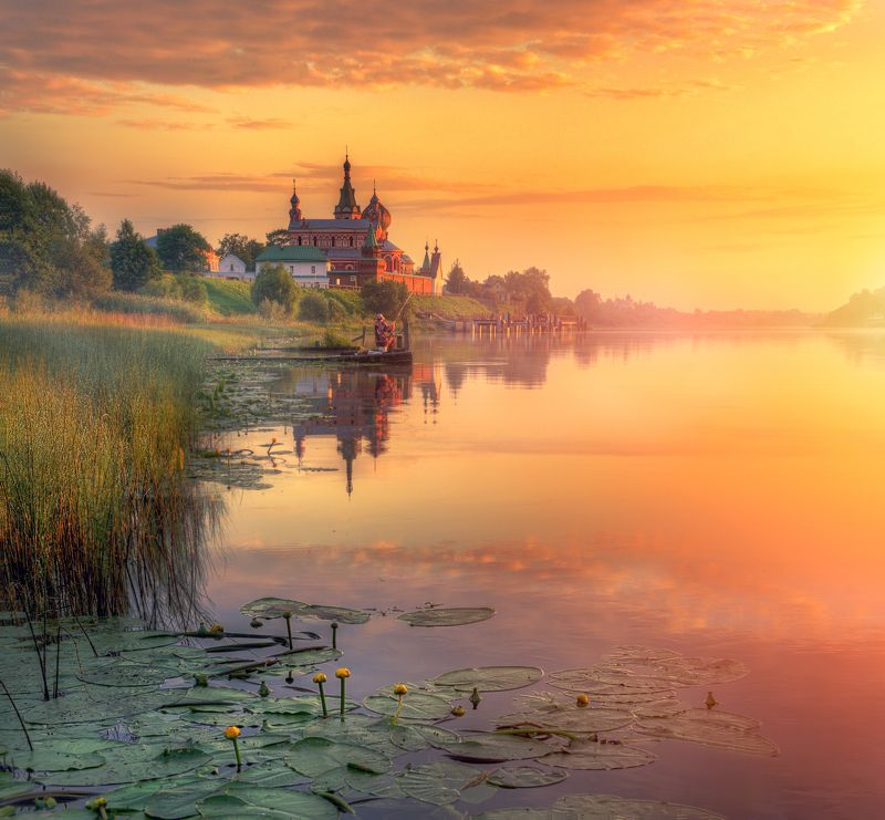 Староладожский Никольский монастырь...photo preview