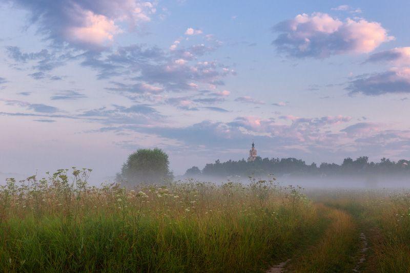 туман, храм, утро, село, уборы Летнее утроphoto preview