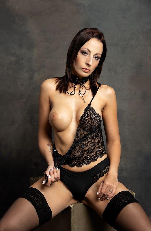 model, nude, naked, fine art, sexy, sensual, colour, woman, female, body, erotica, glamour, curves, portrait, beautiful, fashion, lingerie, E.photo preview