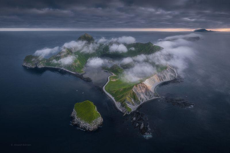 курилы,пейзаж,янкича,аэрофото Где-то ждут нас острова...photo preview