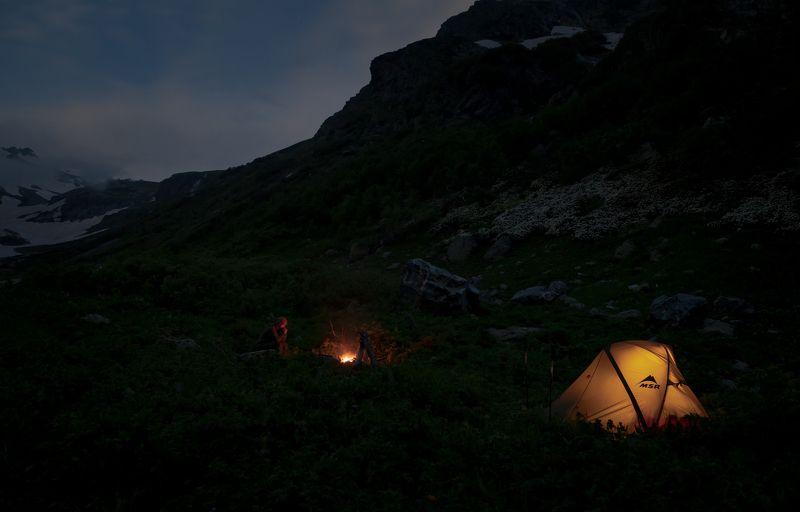 Горы, поход, вечер, настроение, костер Вечер у костраphoto preview