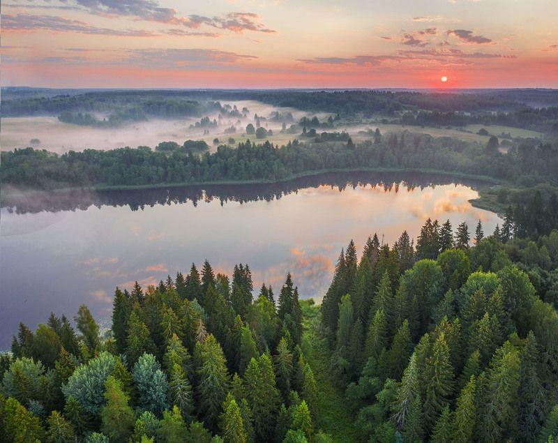 Фототуры с Владимиром Рябковым, #topnature #russpasibo #magic_shots #lovelyRussia #sunset_vision #exclusive_sky  #exclusive_shots #loves_russia2 #photoarena_nature #nature_sultans #nature_perfection #rsa_sky #rsa_sunset #photorussia #rsa_naturepics #sunse Озеро на рассвете.photo preview
