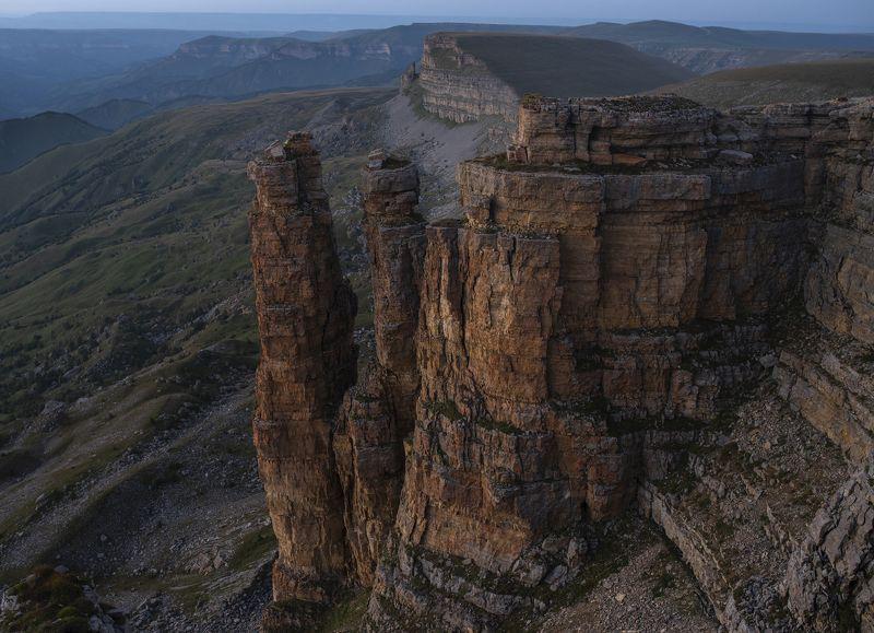 бермамыт, эльбрус, закат, скала, обрыв, плато, вечер, свет, карачаево-черкесия НА ДРУГОЙ ПЛАНЕТЕphoto preview