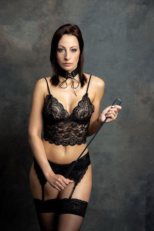 model, fine art, sexy, sensual, colour, woman, female, body, erotica, glamour, curves, portrait, beautiful, fashion, red lips, lingerie, bdsm, E.photo preview