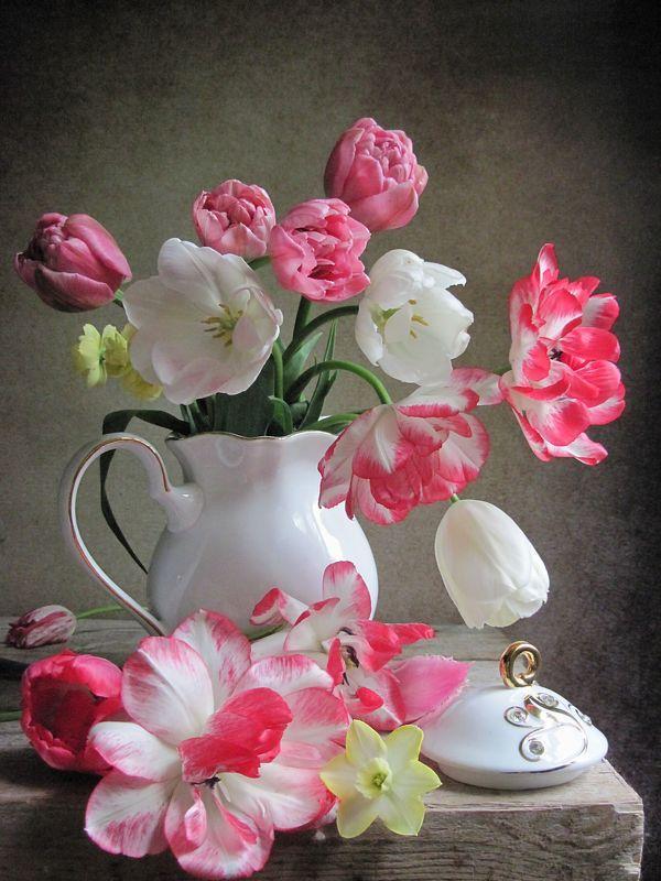 цветы, букет, тюльпаны, нарциссы, фарфор Для настроенияphoto preview