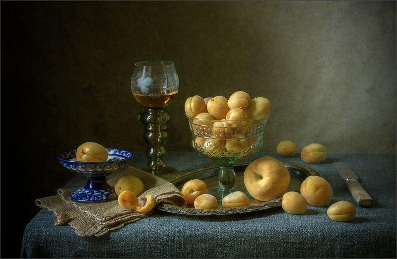 Натюрморт с фруктамиphoto preview