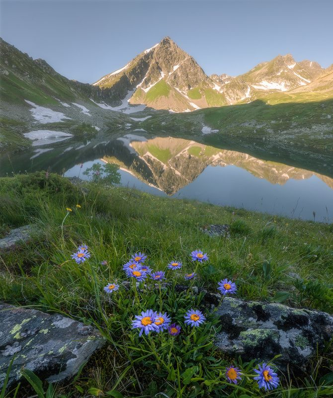 карачаево-черкесич, западный кавказ, хребет аокасара, озеро, рассвет Хребет Аркасараphoto preview