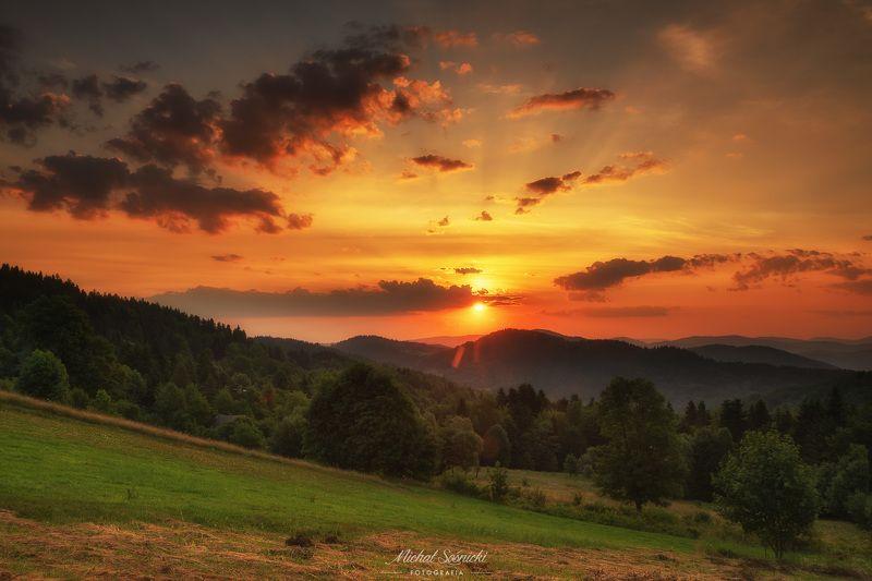 #sunrise #poland #summer #zawoja #pentax #benro #sky #clouds Sunrise...photo preview