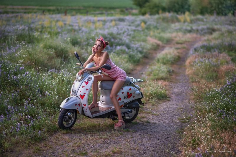 summer, pinup, moto cycle, harts, portrait Dreamerphoto preview