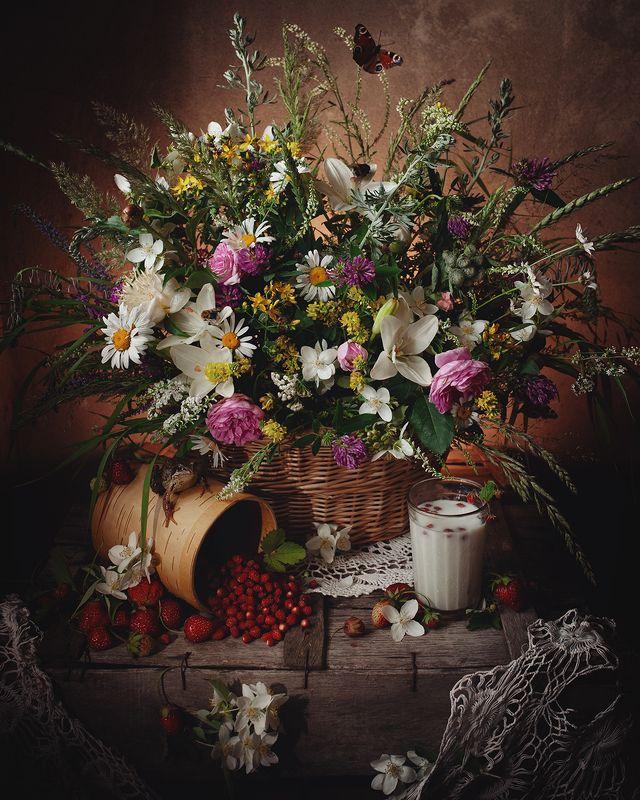 натюрморт, июнь, природа, полевые цветы, лягушка, лето 12 месяцев. Июньphoto preview