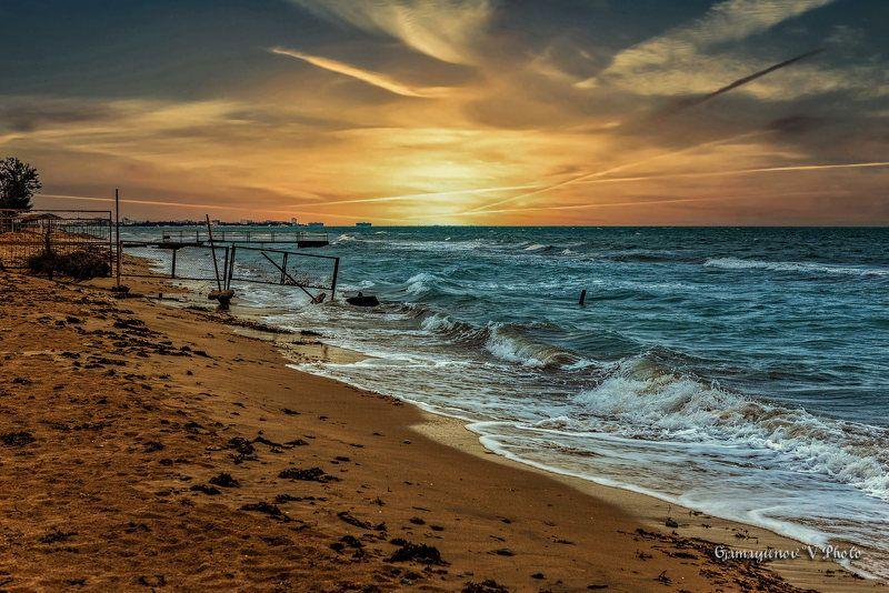 Вечер у самого Черного моряphoto preview