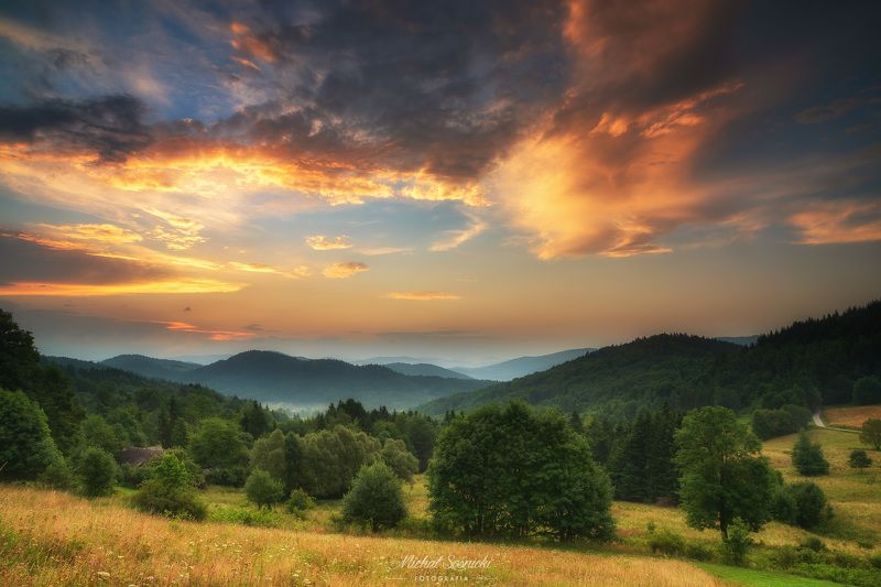 #poland #summer #morning #sunrise #pentax #benro #sky #best #nature Summer morning...photo preview