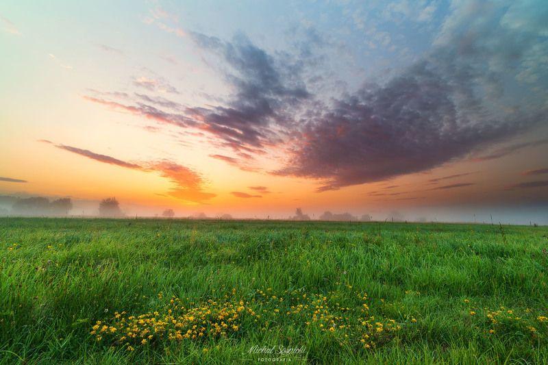 #poland #summer #morning #sunrise #pentax #benro #sky #best #nature Sky...photo preview