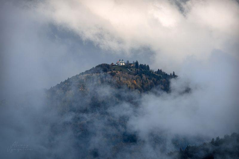 slovenia, fog, outdoor, landscape, clouds, mood Островphoto preview