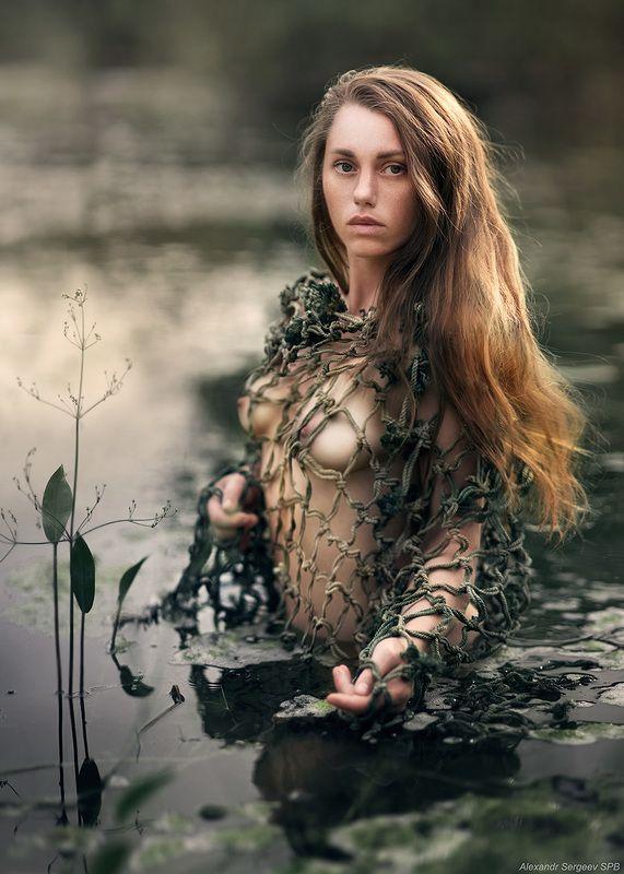 девушка,обнажённая,болото,кикимора,арт,фото-арт,ню-арт Болотная красавицаphoto preview