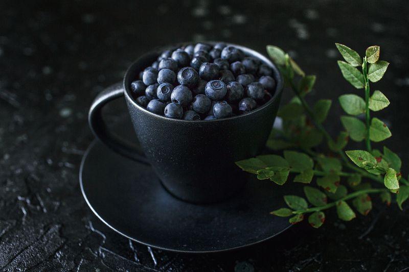 натюрморт ягоды черника чёрный Черничное фото превью