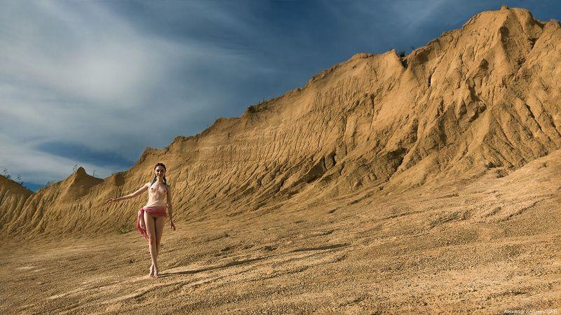 девушка,обнажённая,карьер,стаффаж Стаффажphoto preview