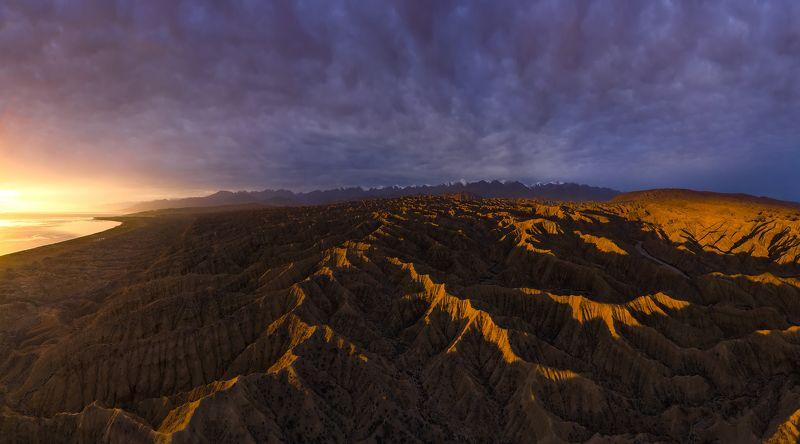 киргизия, закат Аксайphoto preview